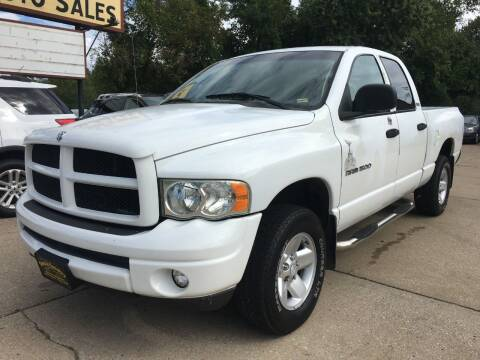 2002 Dodge Ram Pickup 1500 for sale at Town and Country Auto Sales in Jefferson City MO