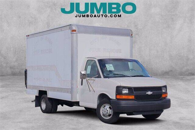 2004 Chevrolet Express Cutaway for sale at Jumbo Auto & Truck Plaza in Hollywood FL