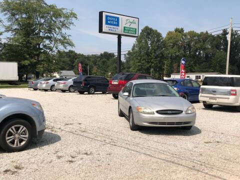 2003 Ford Taurus for sale at Doyle's Auto Sales and Service in North Vernon IN