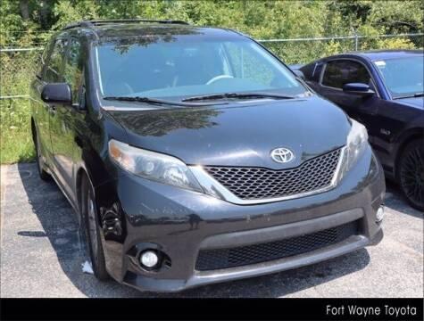 2013 Toyota Sienna for sale at BOB ROHRMAN FORT WAYNE TOYOTA in Fort Wayne IN