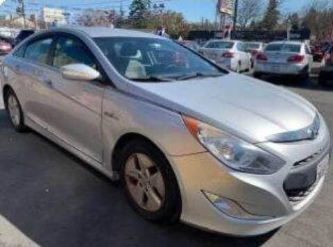 2012 Hyundai Sonata Hybrid for sale at McHenry Auto Sales in Modesto CA