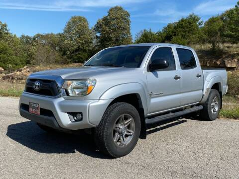 2012 Toyota Tacoma for sale at TINKER MOTOR COMPANY in Indianola OK