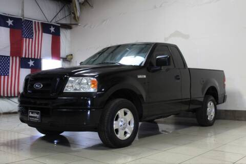 2005 Ford F-150 for sale at ROADSTERS AUTO in Houston TX