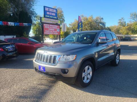 2013 Jeep Grand Cherokee for sale at Right Choice Auto in Boise ID