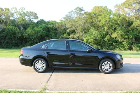 2014 Volkswagen Passat for sale at Clear Lake Auto World in League City TX