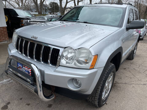 2007 Jeep Grand Cherokee for sale at New Wheels in Glendale Heights IL