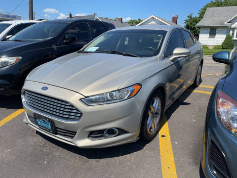 2015 Ford Fusion for sale at Ideal Cars in Hamilton OH
