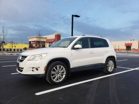 2009 Volkswagen Tiguan for sale at Innovative Auto Group in Little Ferry NJ