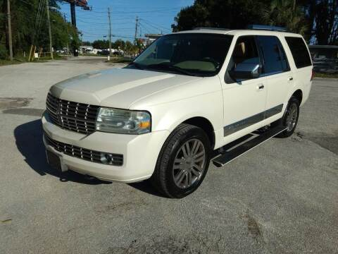 2008 Lincoln Navigator for sale at Autos by Tom in Largo FL