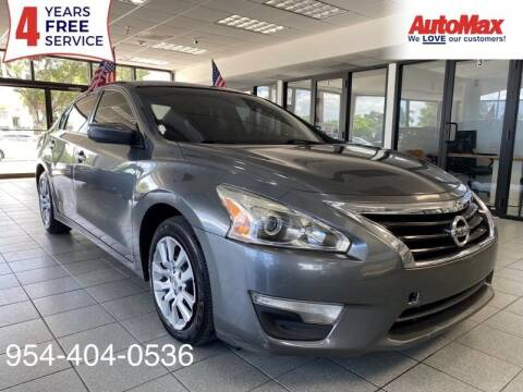 2013 Nissan Altima for sale at Auto Max in Hollywood FL