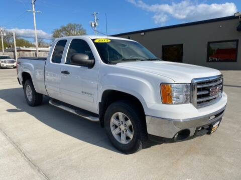 2013 GMC Sierra 1500 for sale at Tigerland Motors in Sedalia MO