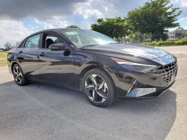 2022 Hyundai Elantra Hybrid for sale in Doral, FL