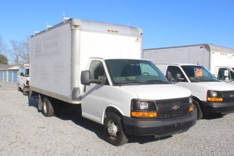 2014 Chevrolet Express Cutaway for sale at Auto Connection 210 LLC in Angier NC