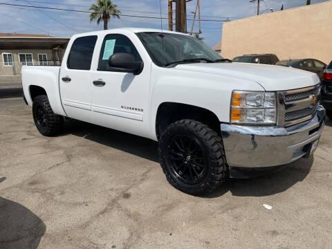 2013 Chevrolet Silverado 1500 for sale at JR'S AUTO SALES in Pacoima CA