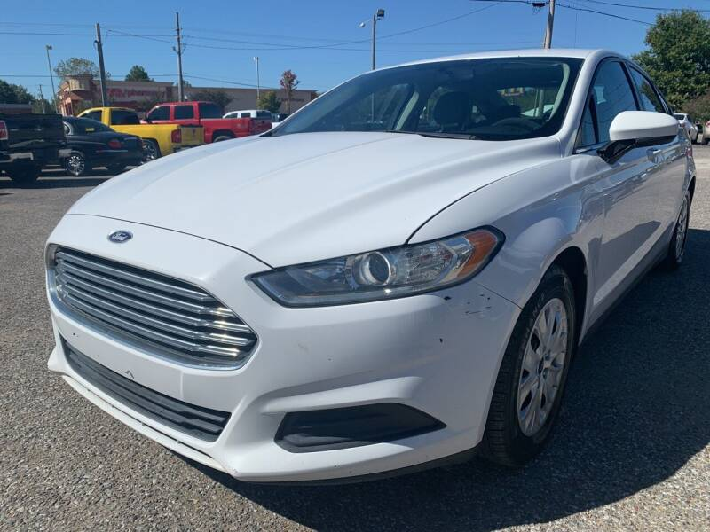 2013 Ford Fusion for sale at Safeway Auto Sales in Horn Lake MS