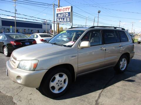 2004 Toyota Highlander for sale at TRI CITY AUTO SALES LLC in Menasha WI