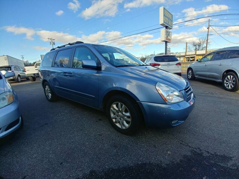 2006 Kia Sedona for sale at Regional Auto Sales in Madison Heights VA