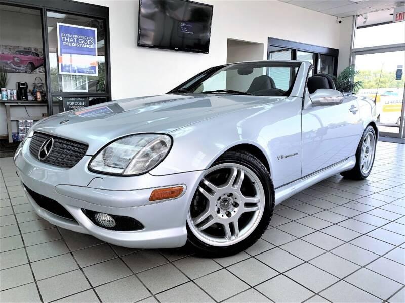 2002 Mercedes-Benz SLK for sale at SAINT CHARLES MOTORCARS in Saint Charles IL