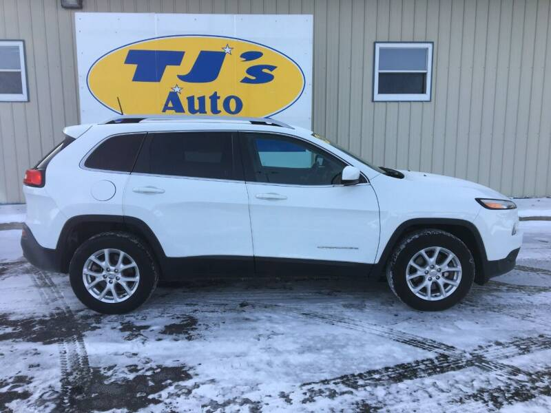 2016 Jeep Cherokee for sale at TJ's Auto in Wisconsin Rapids WI