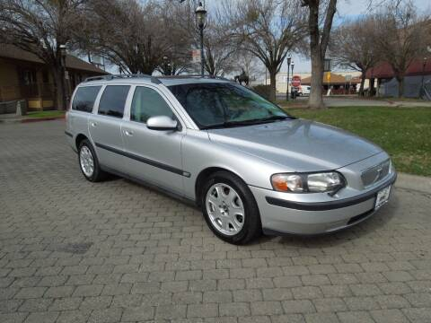 2002 Volvo V70 for sale at Family Truck and Auto.com in Oakdale CA