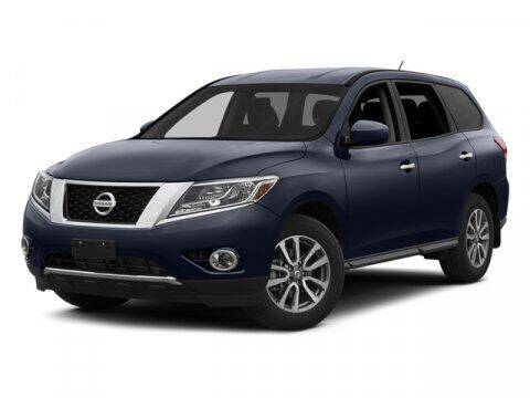 2014 Nissan Pathfinder for sale at HILAND TOYOTA in Moline IL