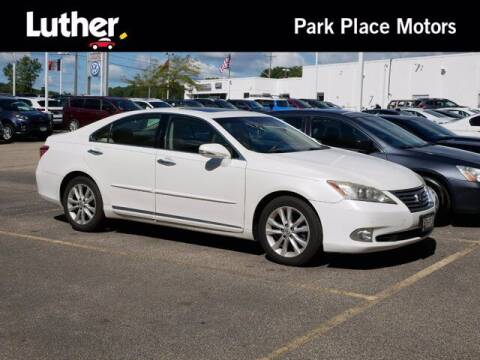 2011 Lexus ES 350 for sale at Park Place Motor Cars in Rochester MN