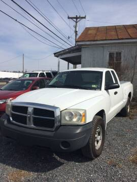 2007 Dodge Dakota for sale at Village Auto Center INC in Harrisonburg VA