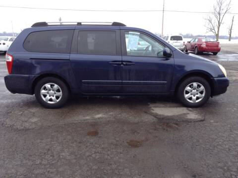 2007 Kia Sedona for sale at Kevin's Motor Sales in Montpelier OH