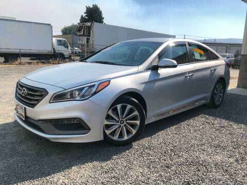 2015 Hyundai Sonata for sale at Yaktown Motors in Union Gap WA