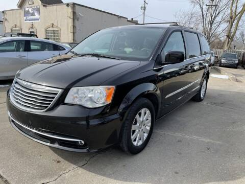 2014 Chrysler Town and Country for sale at T & G / Auto4wholesale in Parma OH