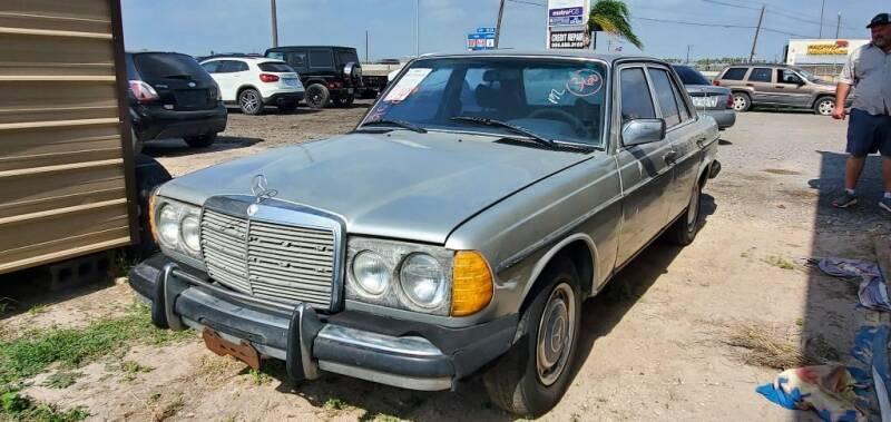 1979 MERCEDES- BENZ 10240D for sale at BAC Motors in Weslaco TX