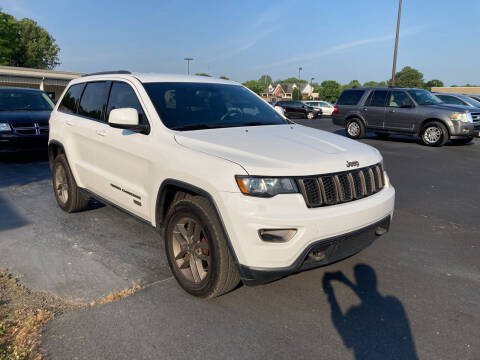 2016 Jeep Grand Cherokee for sale at McCully's Automotive - Trucks & SUV's in Benton KY