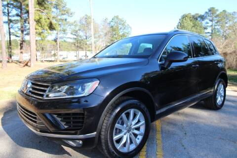 2015 Volkswagen Touareg for sale at Oak City Motors in Garner NC