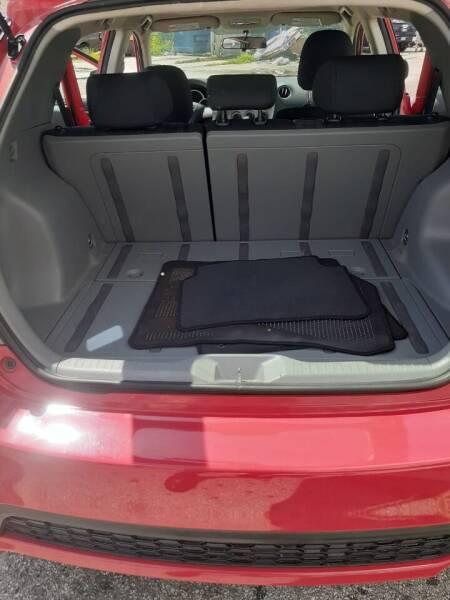 2011 Toyota Matrix 4dr Wagon 4A - Miami FL