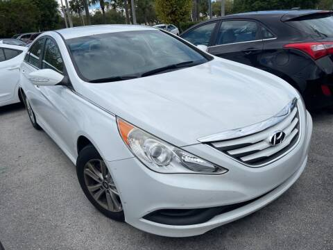 2014 Hyundai Sonata for sale at DORAL HYUNDAI in Doral FL