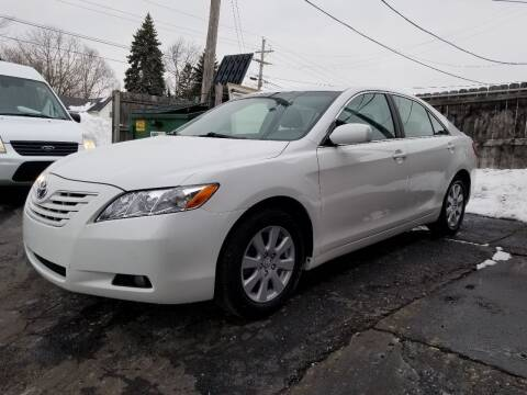 2008 Toyota Camry for sale at DALE'S AUTO INC in Mount Clemens MI