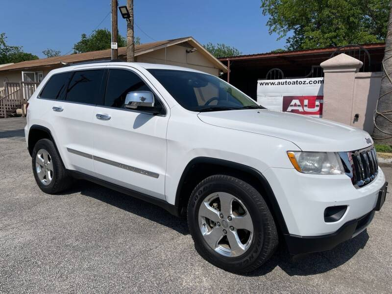 2013 Jeep Grand Cherokee for sale at Auto A to Z / General McMullen in San Antonio TX