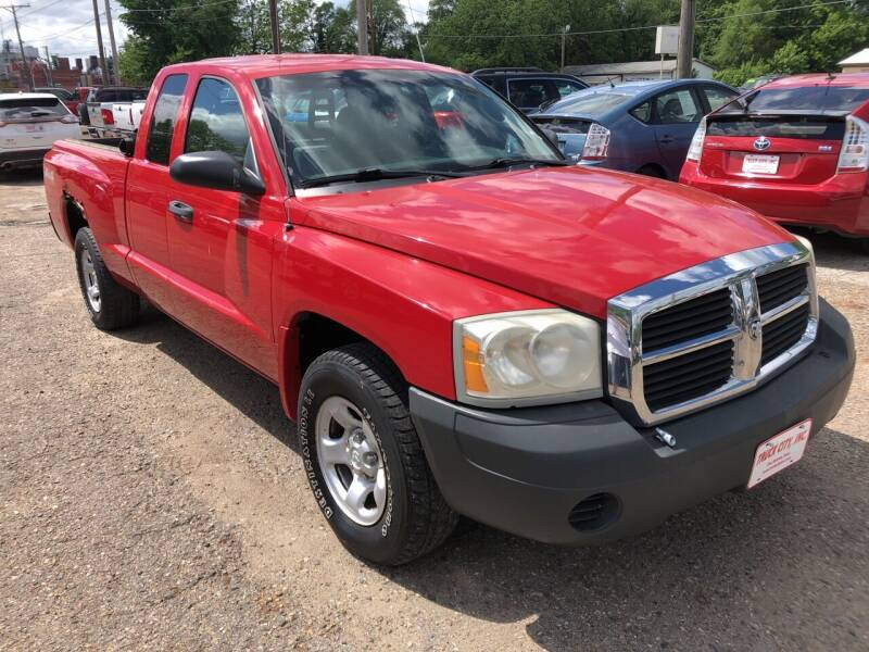 2005 Dodge Dakota for sale at Truck City Inc in Des Moines IA