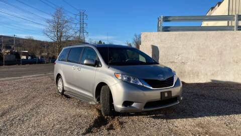 2014 Toyota Sienna for sale at Deals on Wheels in Nanuet NY