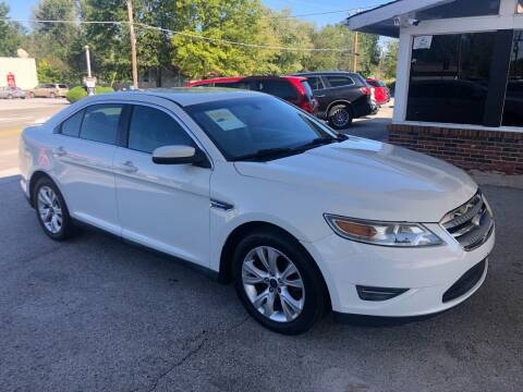 2012 Ford Taurus for sale at Auto Target in O'Fallon MO
