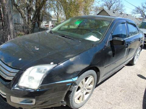 2007 Ford Fusion for sale at C&C AUTO SALES INC in Charles City IA