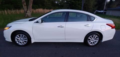 2018 Nissan Altima for sale at R & D Auto Sales Inc. in Lexington NC