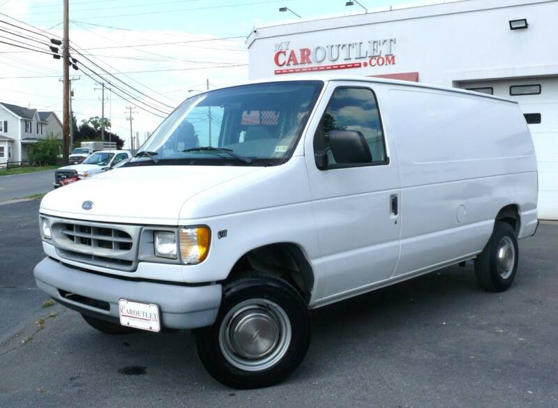 2000 Ford E-250 for sale at MY CAR OUTLET in Mount Crawford VA