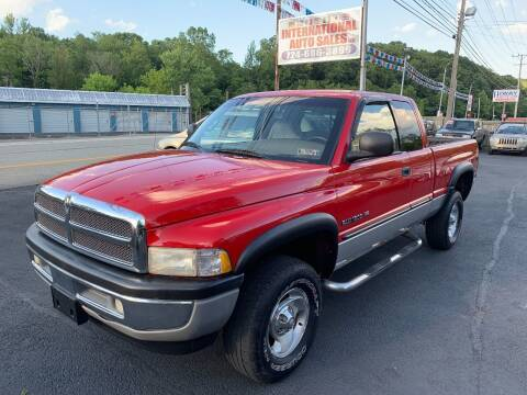 2000 Dodge Ram Pickup 1500 for sale at INTERNATIONAL AUTO SALES LLC in Latrobe PA