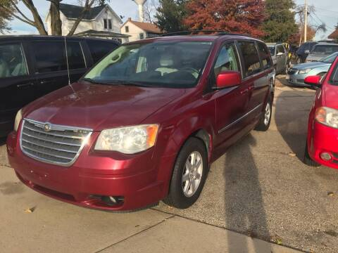 2010 Chrysler Town and Country for sale at QUALITY MOTORS in Benton WI