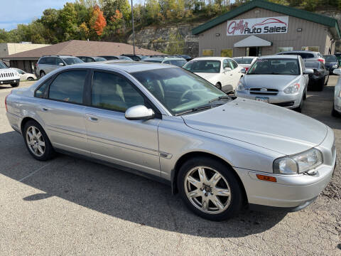 2003 Volvo S80 for sale at Gilly's Auto Sales in Rochester MN