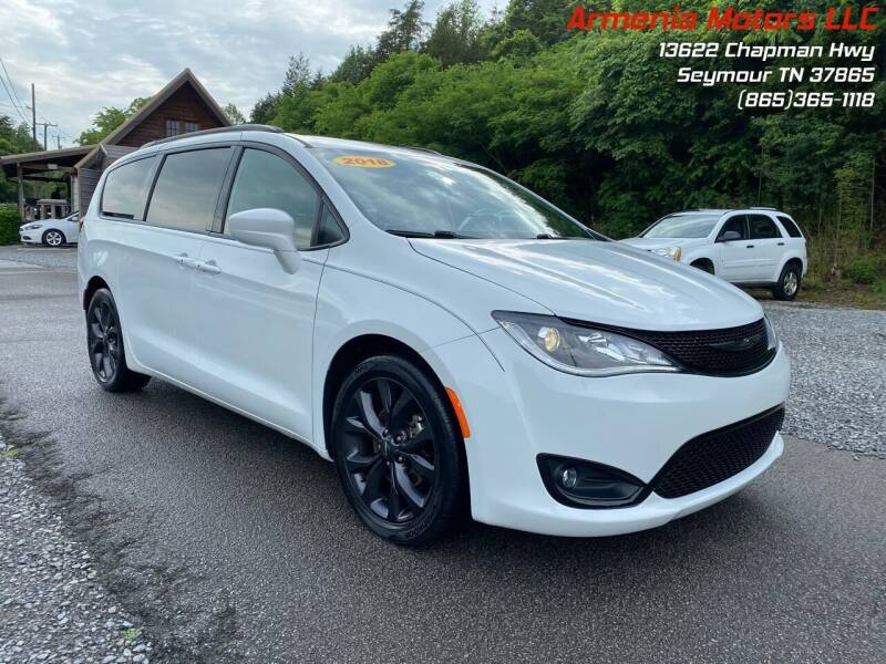 2018 Chrysler Pacifica for sale at Armenia Motors in Seymour TN