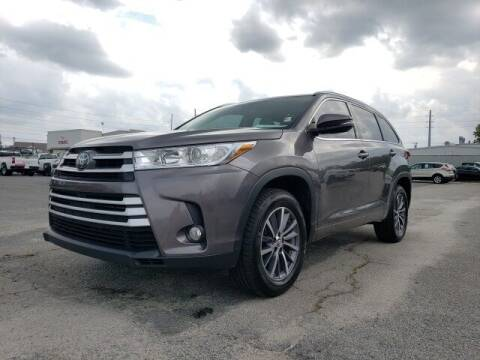 2018 Toyota Highlander for sale at Hardy Auto Resales in Dallas GA
