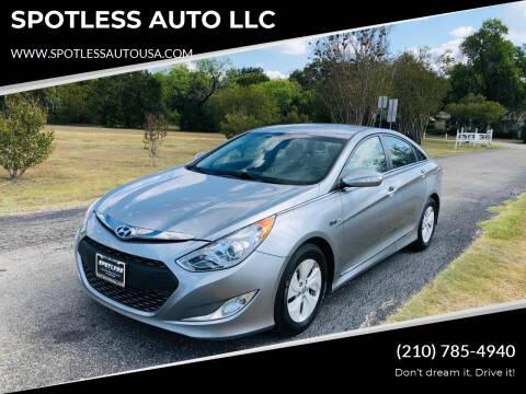 2014 Hyundai Sonata Hybrid for sale at SPOTLESS AUTO LLC in San Antonio TX