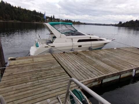 1993 Bayliner 2855 for sale at Signature Auto Sales in Bremerton WA